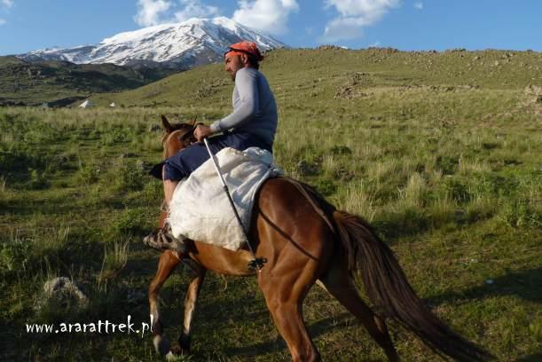 wyprawa konna Ararat